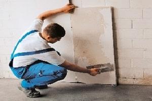 Die Vorschriften am Bau für Solo-Selbstständige erfahren Sie bei Tipp zum Bau.