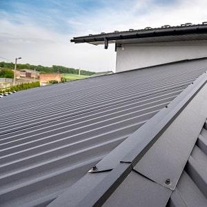 Infos zu Dachflächen gibt Ihnen das Glossar von Tipp zum Bau.